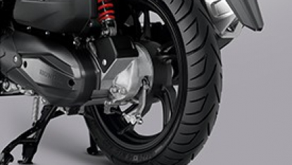 Sport cast wheel with wide tire
