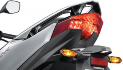 Honda-Motorcycle-มอเตอร์ไซค์-ฮอนด้า-new-click150i-2018-automatic-Dual-LED-Tail Light-ไฟท้าย-LED