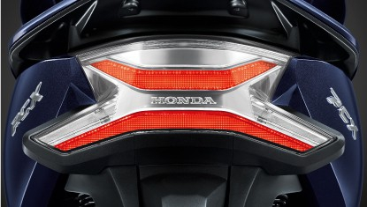 APHonda-New-PCX-HYBRID-2018-New LED Tail Light