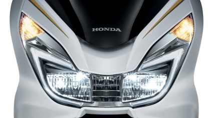 Honda-Motorcycle-มอเตอร์ไซค์-ฮอนด้า-pcx-150-2016-Information-รายละเอียด-ชุดไฟหน้าคู่-DUAL-LED-HEADLIGHT-WITH-LED-RUNNING-LIGHT