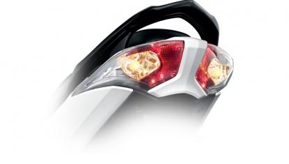 Honda-Motorcycle-มอเตอร์ไซค์-ฮอนด้า-Wave-125i-2016-Information-รายละเอียด-ไฟท้าย-X-CLUSIVE-LED-TAIL-LIGHTS