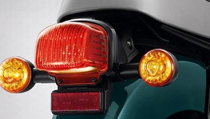 Honda-Motorcycle-มอเตอร์ไซค์-ฮอนด้า-super-cub-2018-Information-รายละเอียด-ไฟเลี้ยว-Retro-Separated-Winkers