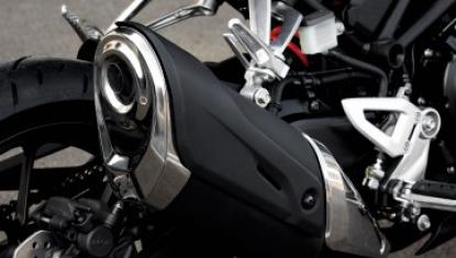 Honda-Motorcycle-มอเตอร์ไซค์-ฮอนด้า-CB300R-2018-Information-รายละเอียด-ท่อไอเสีย-Newly-Designed-Muffler