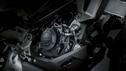 Honda-Motorcycle-มอเตอร์ไซค์-ฮอนด้า-Cb150r-Information-รายละเอียด-เครื่องยนต์-150-ซีซี-New-150-cc-DOHC-4-Valve-Engine