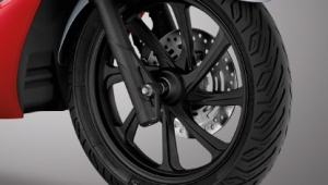 Honda-Motorcycle-มอเตอร์ไซค์-ฮอนด้า-PCX150-2019-Information-รายละเอียด-Alloy-Wheels