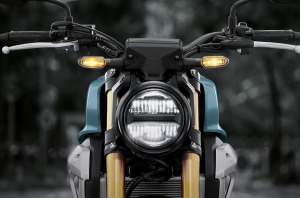 Honda-Motorcycle-มอเตอร์ไซค์-ฮอนด้า-Cb150r-Information-รายละเอียด-ไฟหน้า-Full-LED-Lighting-System