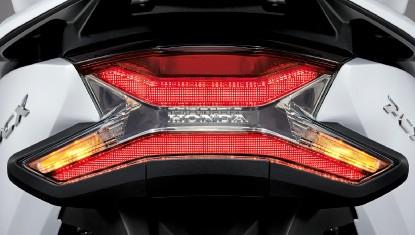 Honda-Motorcycle-มอเตอร์ไซค์-ฮอนด้า-PCX150-2019-Information-รายละเอียด-ไฟท้าย-Full-LED-Tail-Light