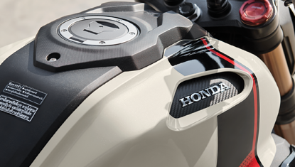 APHonda-New-CBR150R-2019-Muscle Designed Fuel Tank