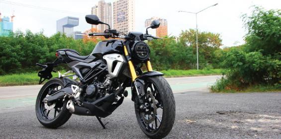 Honda-Motorcycle-มอเตอร์ไซค์-ฮอนด้า-รีวิว-20180306-review-honda-cb150r-exmotion- 9carthai
