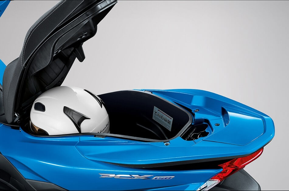 APHonda-PCX150-2015-LUGGAGE BOX WITH SEAT STOPPER