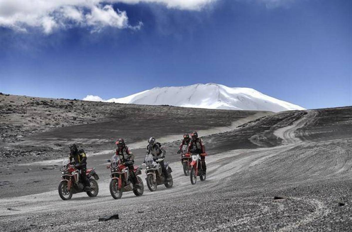 Honda-bigbike-Motorcycle-มอเตอร์ไซค์-บิ๊กไบค์-ฮอนด้า-News-ข่าวประชาสัมพันธ์-Africa-Twin-แตะความสูงไปอีกระดับ