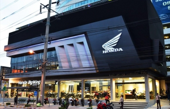 Honda-Motorcycle-BigBike-มอเตอร์ไซค์-ฮอนด้า-บิ๊กไบค์-Distributor-ศูนย์จำหน่ายและบริการ-Honda-Bigwing-Rama-3